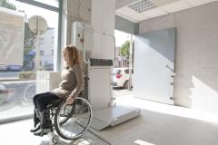 Plataforma salvaescaleras DECOR - Entorno Activo accesibilidad (2)